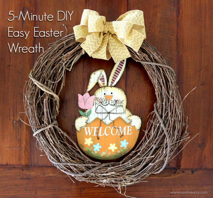 How to make this easy 5-Minute DIY Easter Wreath at ezebreezy.com