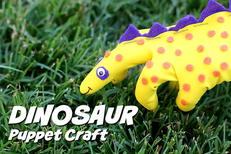 Calling all dinosaur fans! Here comes GLOVE-O-SAURUS REX. This Dinosaur Craft Puppet For Kids is a super easy to make and a huge hit with the kids. | ezebreezy.com