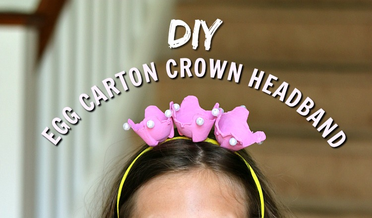 Make this fun DIY Egg Carton Crown Craft with your kids! This perfect easy craft is fun to make and fun for pretend play. | www.ezeBreezy.com